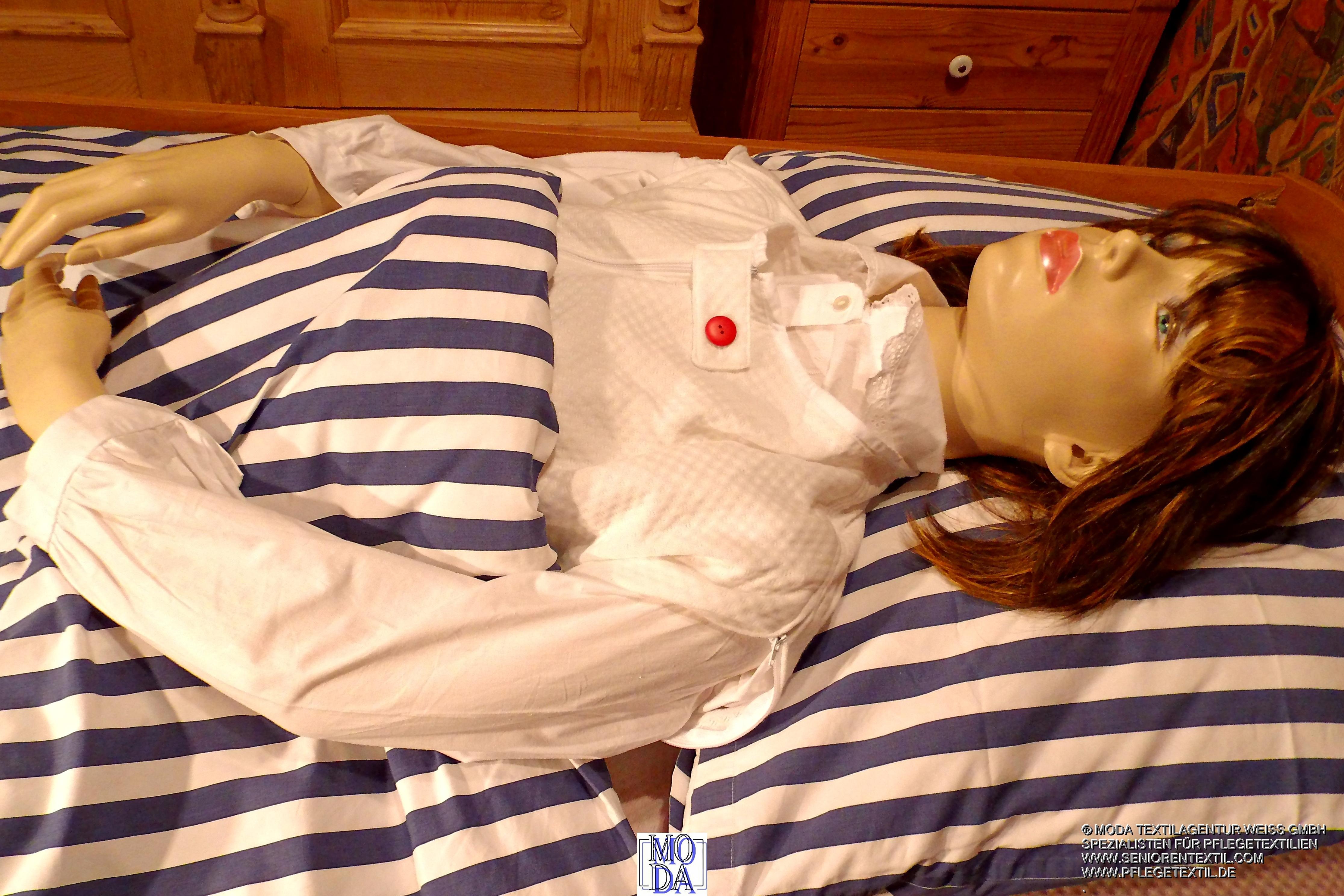 pflegedecke und patientenschlafsack nofix. Black Bedroom Furniture Sets. Home Design Ideas